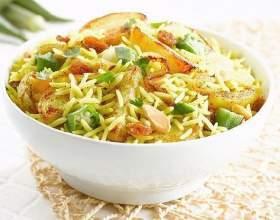 Біріяні - рис, запечений з овочами фото