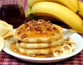 Млинці та оладки !!! 5 рецептів !!! Починаємо день з смачного сніданку !!! фото