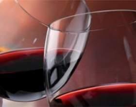 Чим відрізняється напівсухе вино від напівсолодкого фото