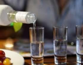 Чим відрізняється спирт «альфа» від спирту «люкс»? фото