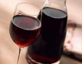 Чим відрізняється столове вино від десертного? фото