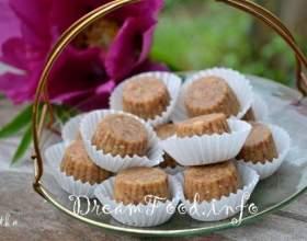 Домашні цукерки з фініками і арахісом фото