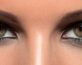 Димчастий макіяж смокі айз для карих очей фото