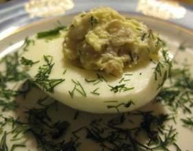 Яйця фаршировані оселедцем фото