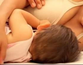 Як навчити дитину засинати без грудей? фото