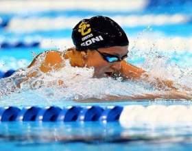 Як навчитися плавати брасом? фото