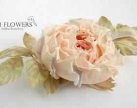 Як зробити квітку з тканини? фото