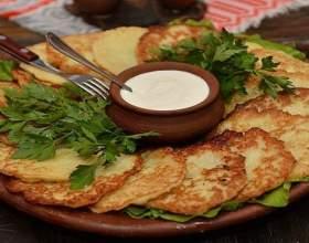 Як зробити деруни з картоплі? фото