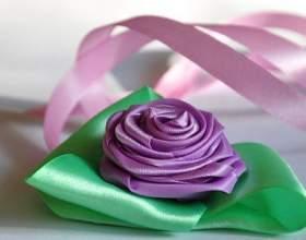Як зробити троянду з атласної стрічки? фото