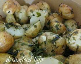 Молода картопля від ектор хіменес браво фото