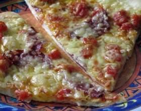 Піца з незвичайним соусом фото