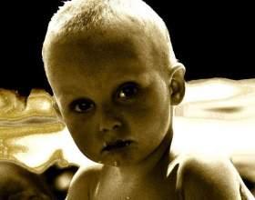 Дитина дружини, чоловіка в сім`ї - як свій, чужий, нічий фото
