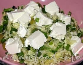 Салат з черемші з фетою фото