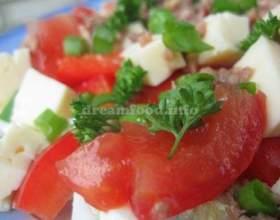 Салат з тунцем фото