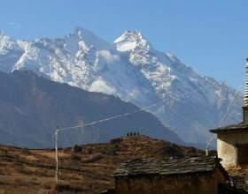 Тибетська сім`я. Многомужество! фото