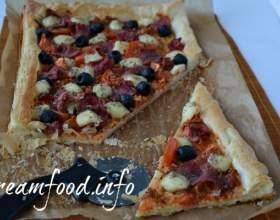 Томатний пиріг ііз листкового тіста фото