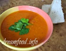 Томатний суп фото