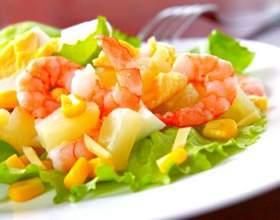 Топ-10 обладнаних і смачних салатів: фото