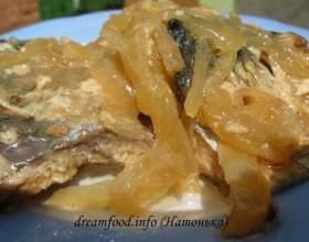 Тушкована риба (смак консервованої риби) фото