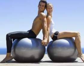 Вправи на фітбол для сідниць фото