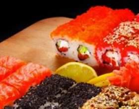 У чому різниця між суші і ролами фото