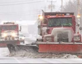 У п`яти штатах сша через найсильнішу сніжну бурю введено надзвичайний стан (лютий, 2013) фото